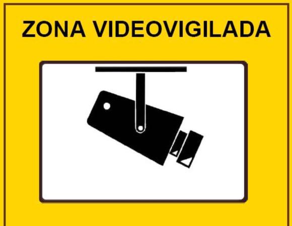Videovigilancia deber de informar seg n la lopd lopd - Cartel de videovigilancia ...